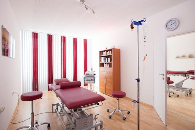 03-praxis-behandlungsraum-2-heilpraktiker-charitos